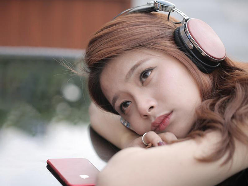 YueMai outstanding wooden headhphone